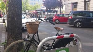 Mit dem Rad auf den Sonnbergmarkt einkaufen fahren