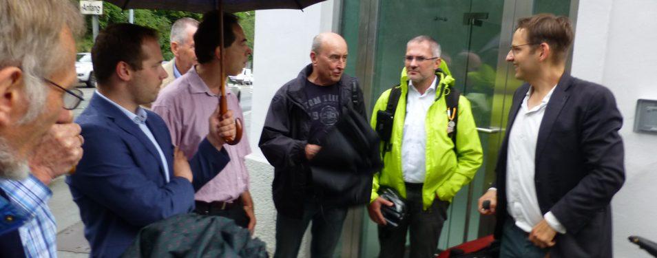 Radel-Arbeit(et) auch im Regen