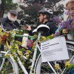 Ghostbike Ride zur Unfallkreuzung auf der Hohen Warte (CC) Margit Palman