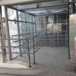 Es gibt noch viel zu tun am Skywalk: noch immer keine Hinweisschilder für Liftfahrende VOR Betreten des Rad- & Fußweges (CC) Radeln in Döbling